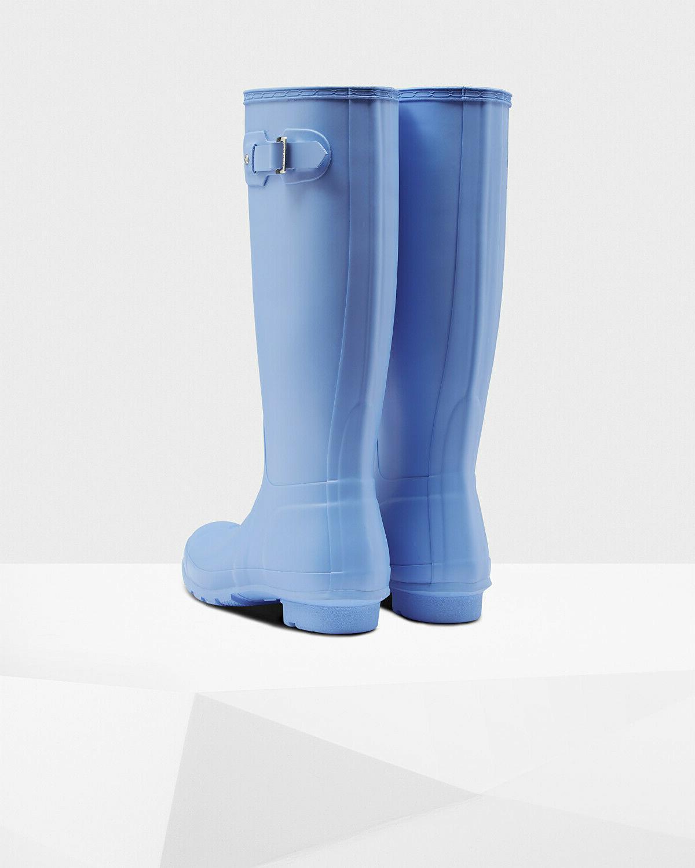 NIB Boots 7 Blue Rubber
