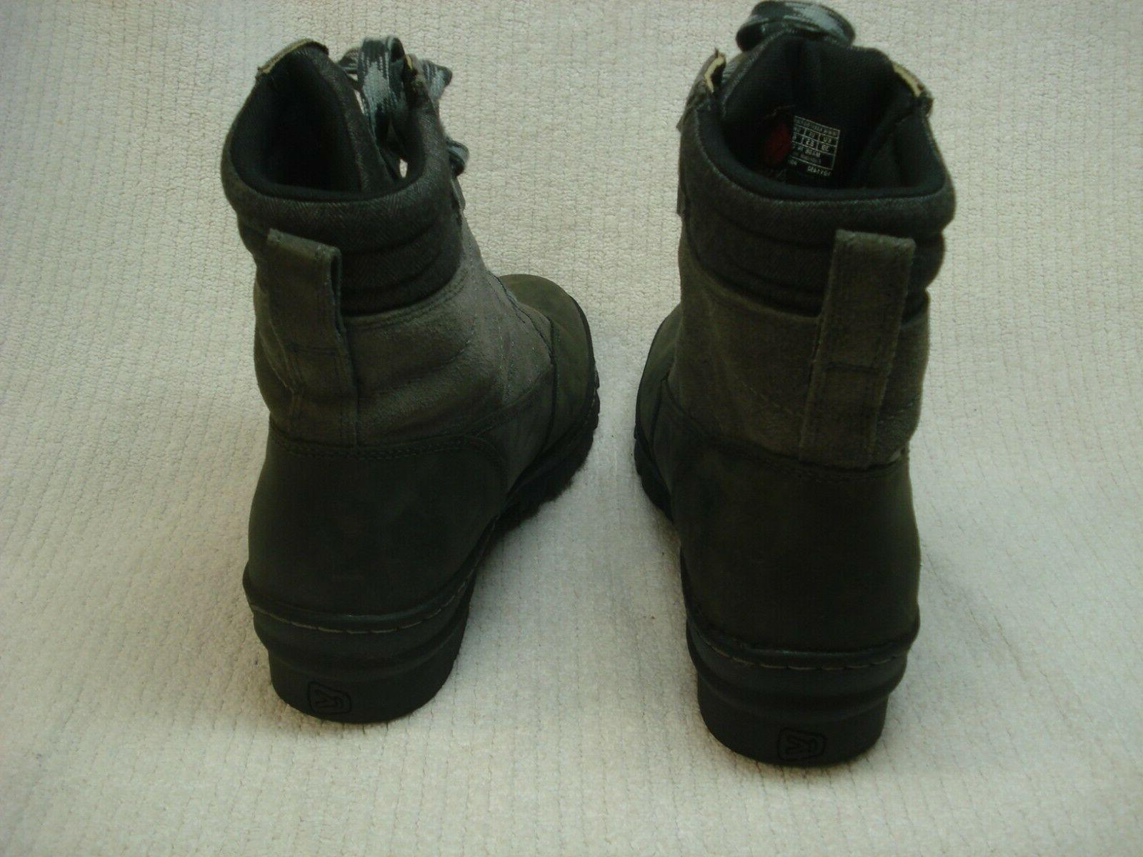 Women's waterproof insulated winter boots size 8.5