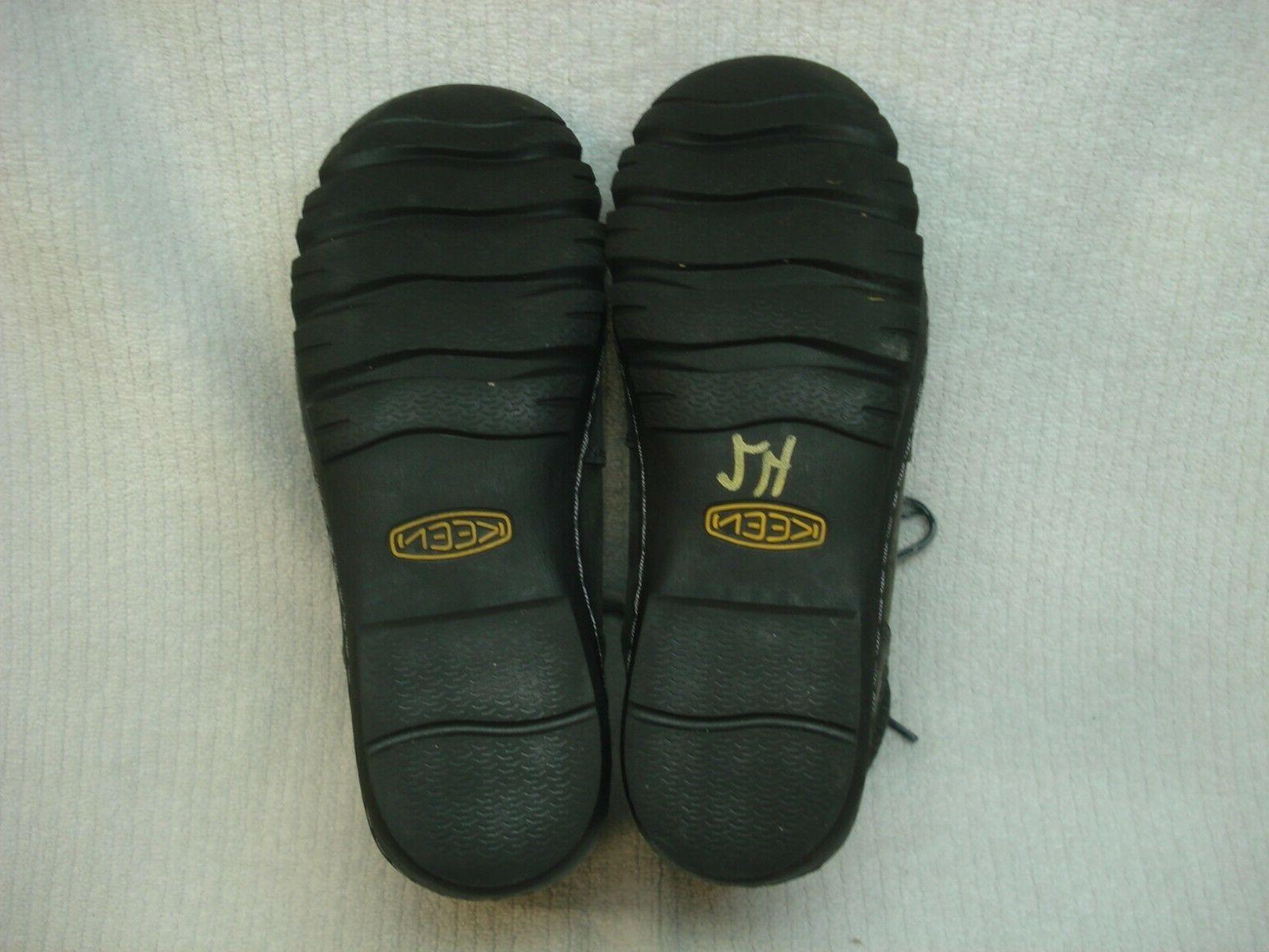 Women's waterproof winter boots size