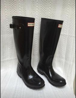 Hunter Tall Gloss Snow Boots for Women, Size 8- Black
