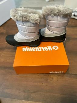 Northside womens snow boots size 8 gray